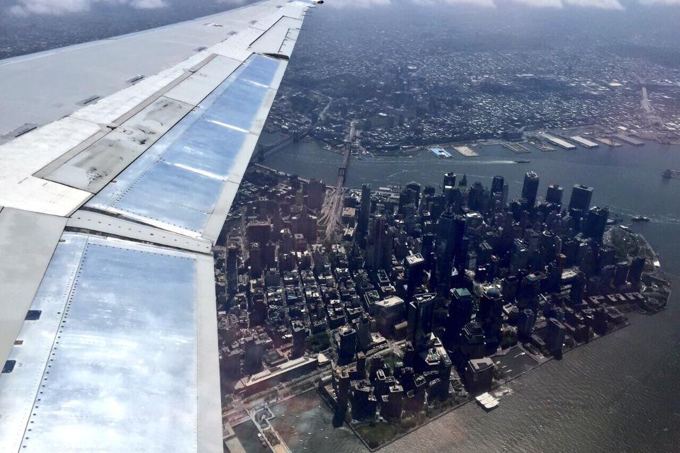 Aeroporto New York: sfiorata la tragedia tra aereo passeggeri e drone