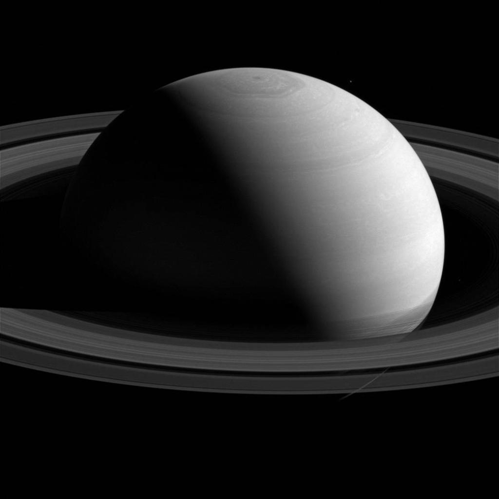 La NASA publica una foto única de Saturno tomada a 2,5 millones de kilómetros del planeta