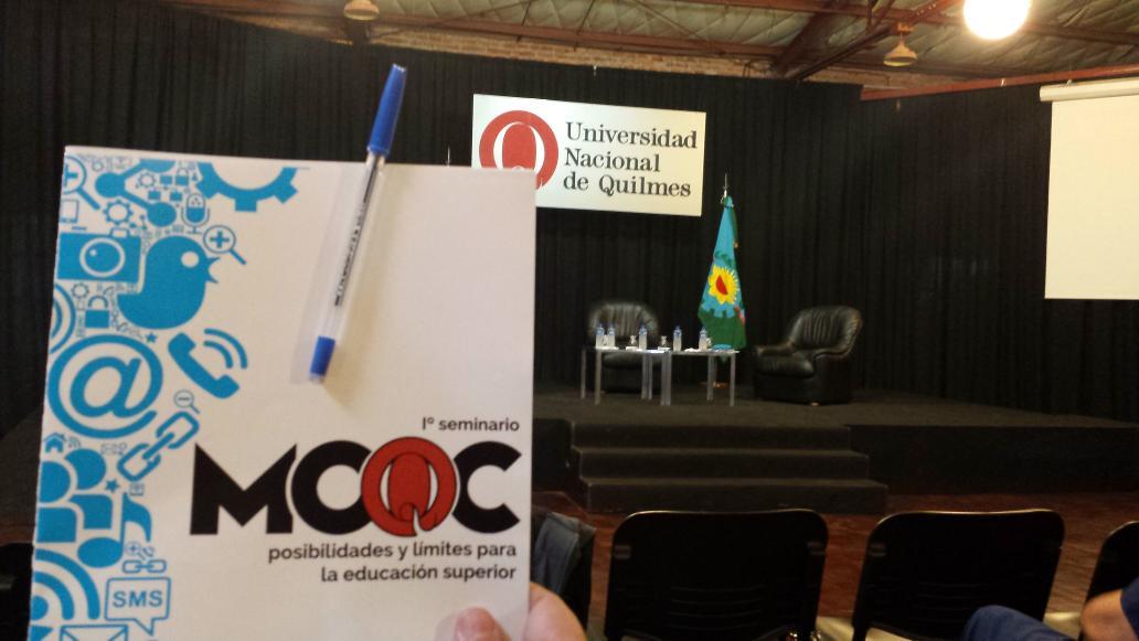 Con @vicraniero en #1ºSeminarioMOOC http://t.co/VFckvRmHfh