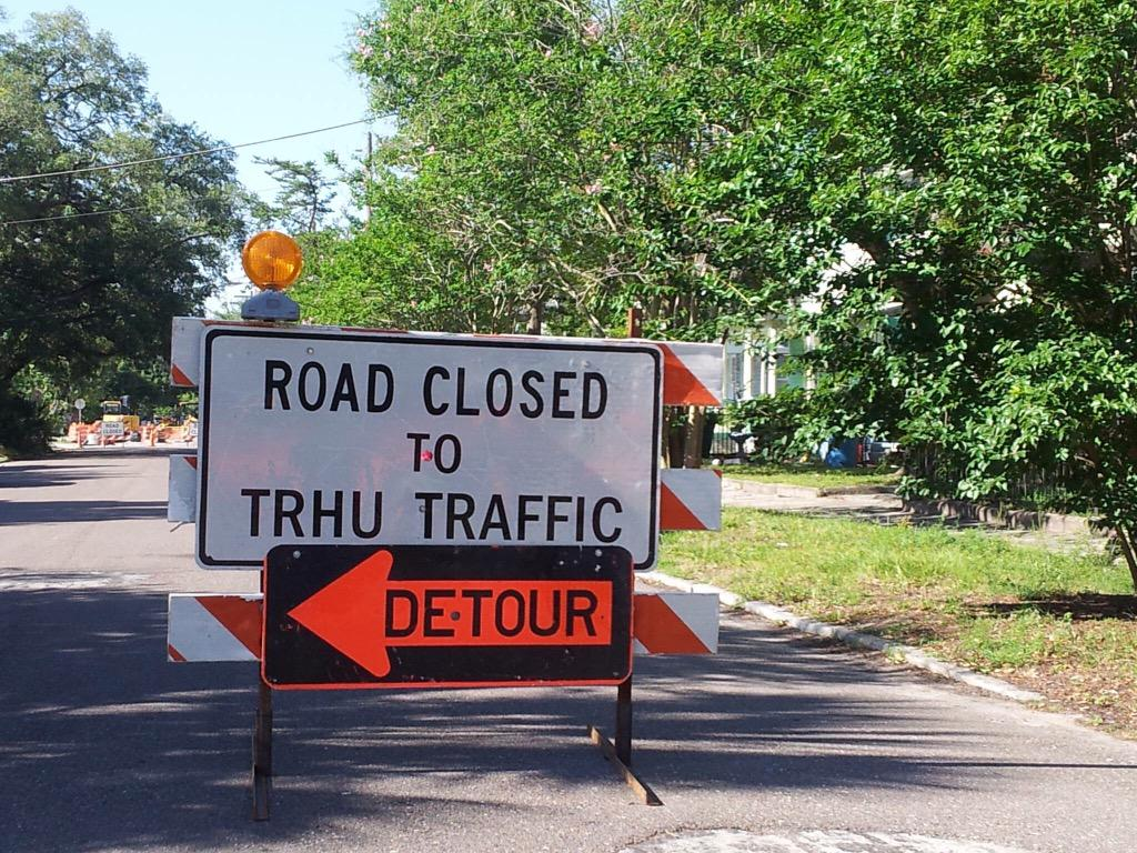 The question that didn't get asked during #jaxmayor - who's responsible for spell checking traffic signs? http://t.co/EtKrjeG1w2
