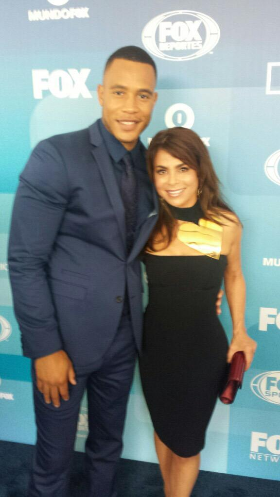 Got a pic w/ @EmpireFOX's @JustTrai at the #foxupfronts :) 'Andre Lyon' himself! LOVE #Empire :)) xoP http://t.co/2CyN0TiK14