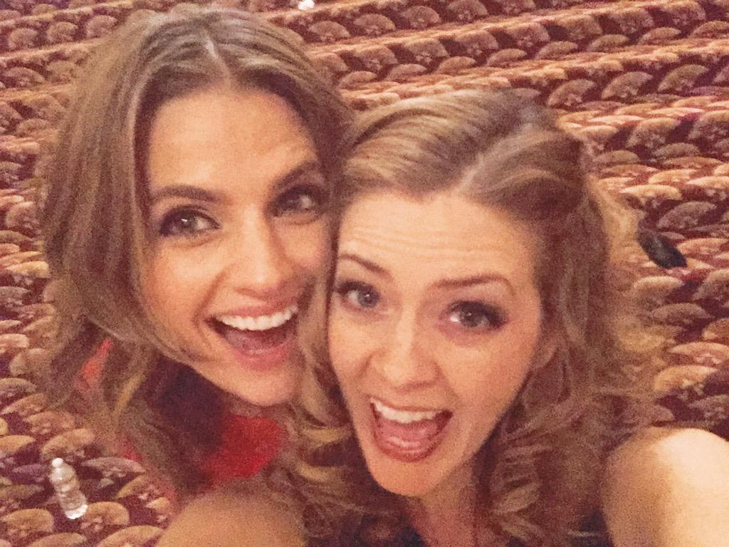 You want an awesome #CastleSeasonFinale selfie? How bout one this one, yo? Me & @Stana_Katic are at it again. http://t.co/cJgxVjZrmr