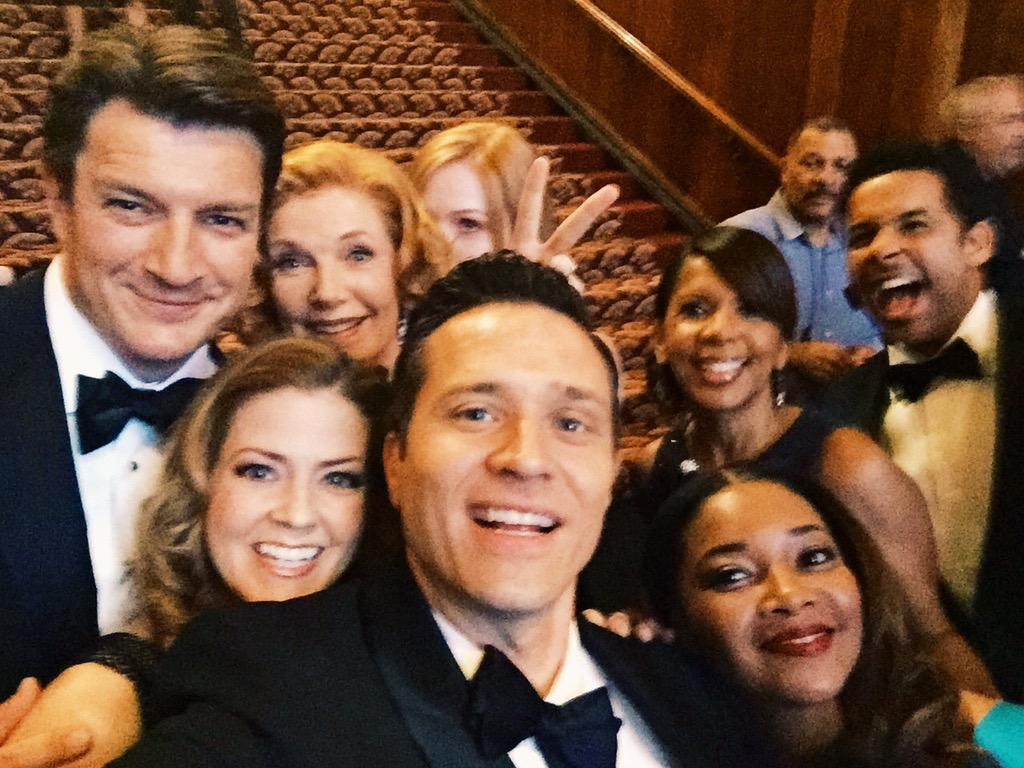 The moment #Castle fans have been waiting for: Epic selfie #1. #CastleSeasonFinale http://t.co/RncoVgiZfL
