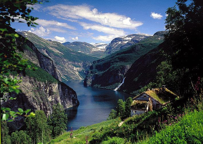Sublime #Scandinavia by #Insight #Trafalgar with #Norway's #Geirangerfjord a highlight http://t.co/0iPqmL4B2C