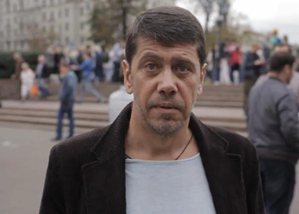 Журналист Лурье: К очернению «Бессмертного полка» причастен Ходорковский http://t.co/ouUurO4dM5 http://t.co/j3voWcXRUO