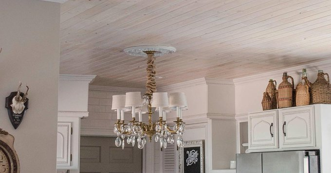Smart DIY for getting rid of the dreaded popcorn ceiling! via POPSUGARHome