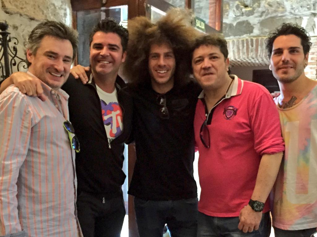 Con @Kristian17gh14 @AberronchoTV @timmyropero y Juan de @qqccmh en @LaAlcazabaAvila http://t.co/SGnwWEwo4s