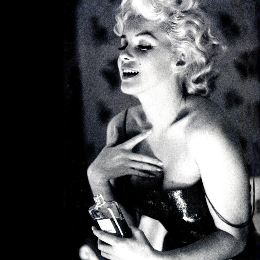 The 10 most iconic fragrances of all time—which is your favorite scent? http://t.co/xgltveKEzr http://t.co/9P4cS9I6UV