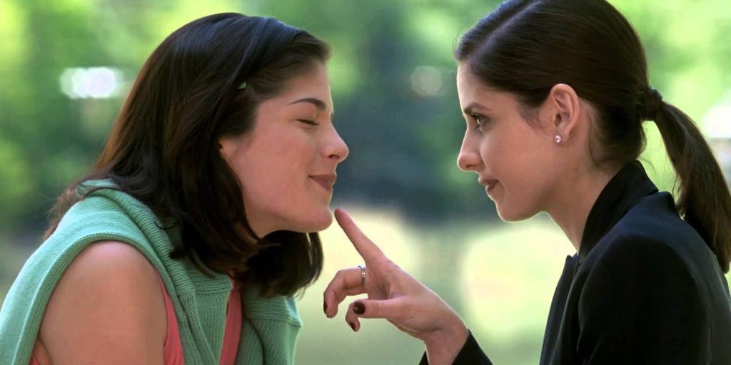 13 90s films with MAJOR fashion lessons: http://t.co/5sLIGoMWv8 http://t.co/T7cChBlnhO