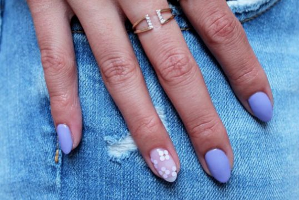 24 ways to make your manicure last forever: http://t.co/VlQaufqvUU http://t.co/sSTxGqaheh