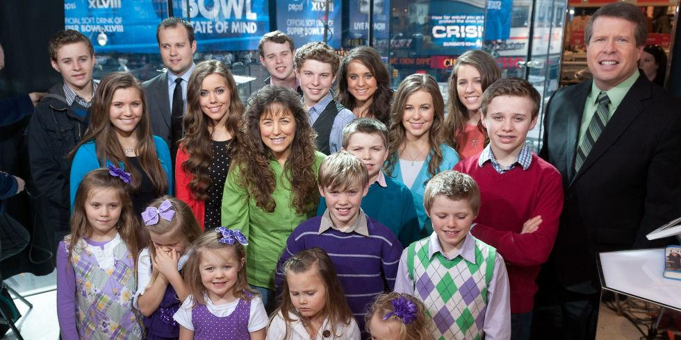 """Even more bad news for """"19 Kids and Counting"""": http://t.co/SzMDKd9zNb http://t.co/pDYEozhkyu"""