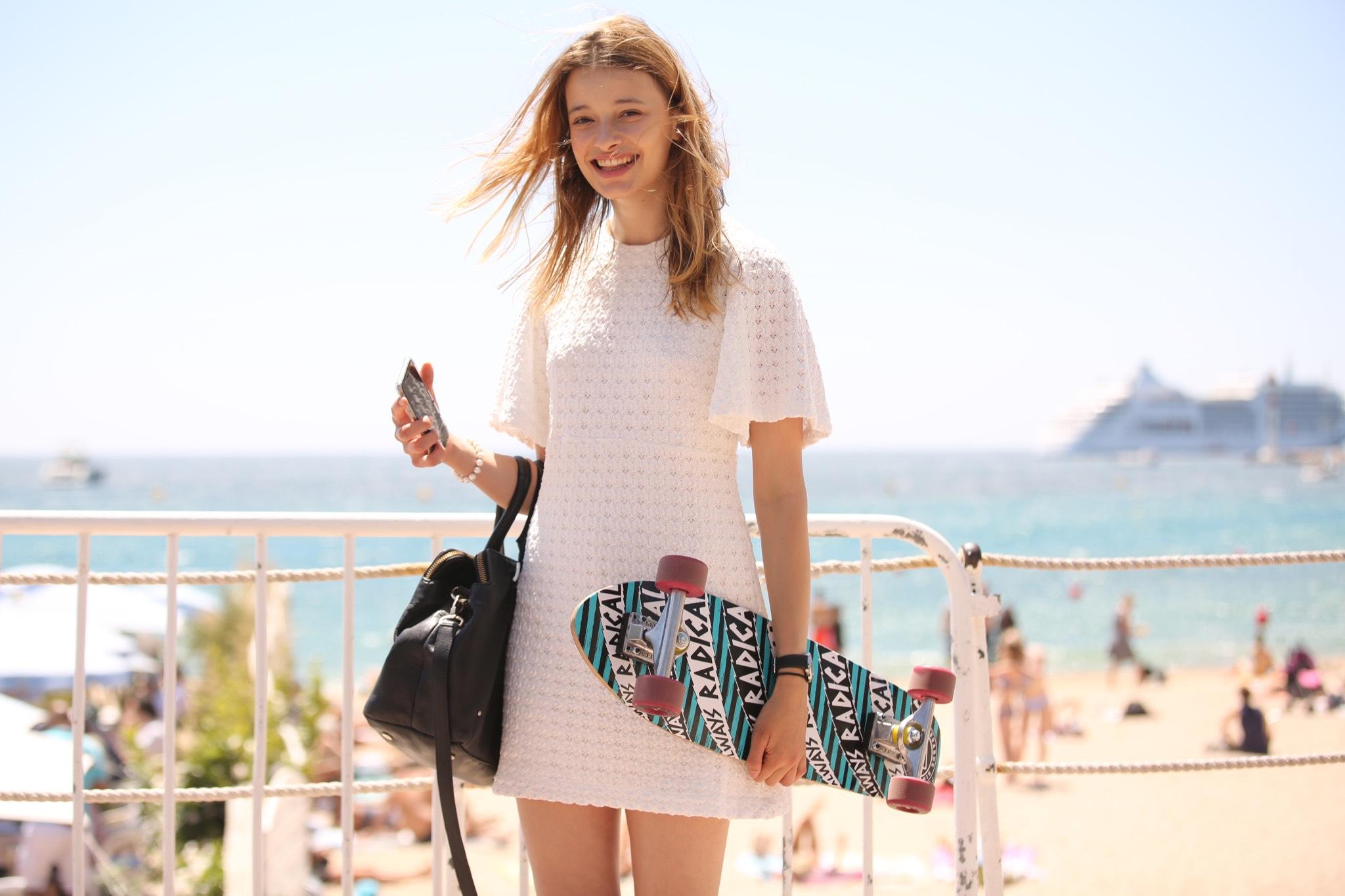 See the best street-style snaps from the south of France: http://t.co/J39dR65rR7 http://t.co/KYiYDh9SbV