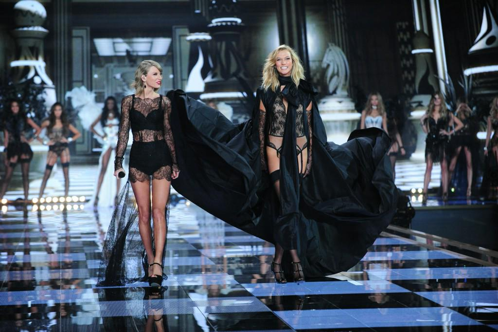 The Victoria's Secret Fashion Show Is Leaving London http://t.co/mUhaVfb5md http://t.co/WbITSIppwD