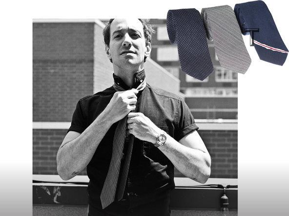 The Strokes' guitarist @alberthammondjr has a new side hustle http://t.co/WrOkedWI50 http://t.co/eXDeCgnpBe