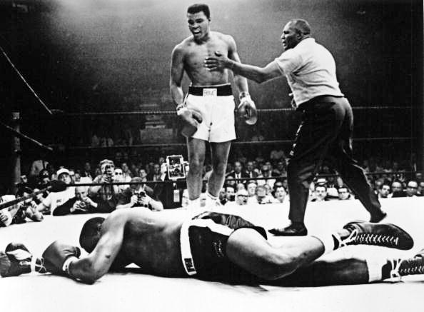 RT @BoxingNewsED: #OnThisDay 50 years ago, Muhammad Ali threw one of the most famous punches in boxing history: http://t.co/up0eorWEgp http…
