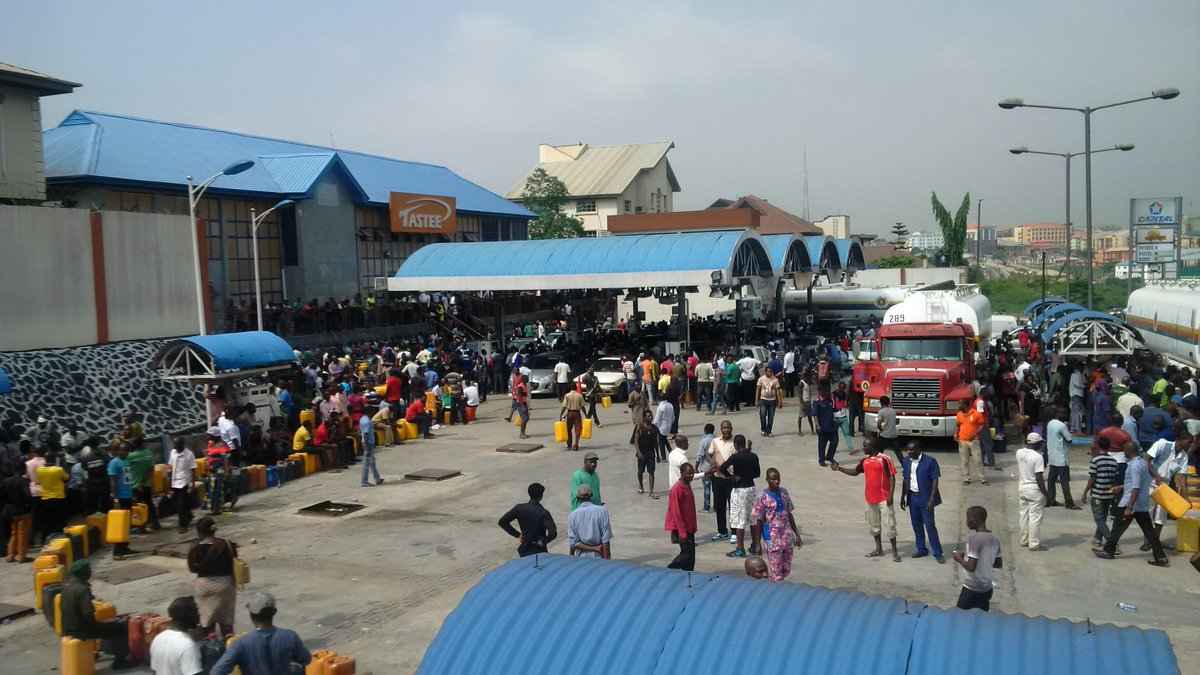 Fuel strike that shut down Nigerian economy to end, official says