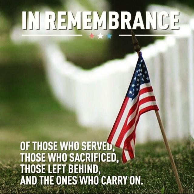 God bless you all who are and have served our country. Those who have lost their lives, My… http://t.co/cFY1NkDPMn http://t.co/a7RkCDOTIz
