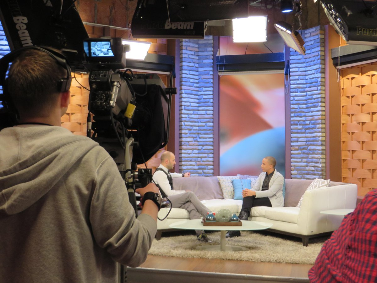 @RogersTVdaytime #YorkRegion Vonny The Ken Doll Interview. Such a blast! Great crew, Great energy! http://t.co/hs5DebbdEY