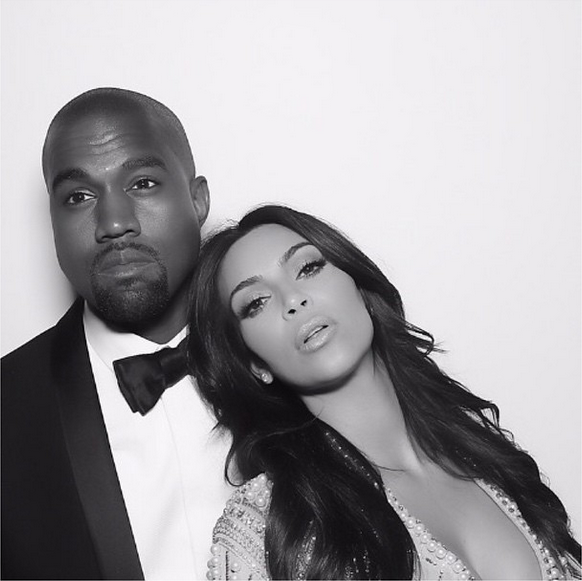 RT @GlobalGrind: Kanye West makes a public declaration of his love to Kim Kardashian http://t.co/4zE5TUq5KK http://t.co/3QMDjdeFBh