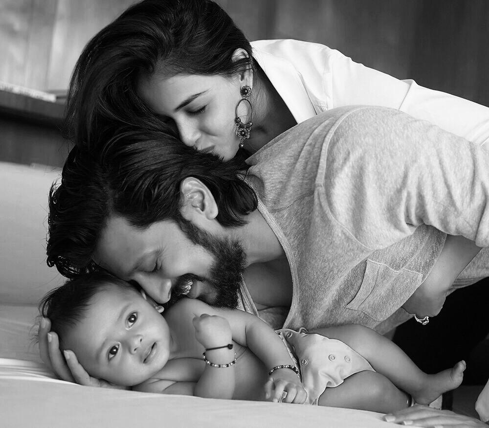 Riteish Deshmukh And Genelia D'Souza Show Off Their Baby ...
