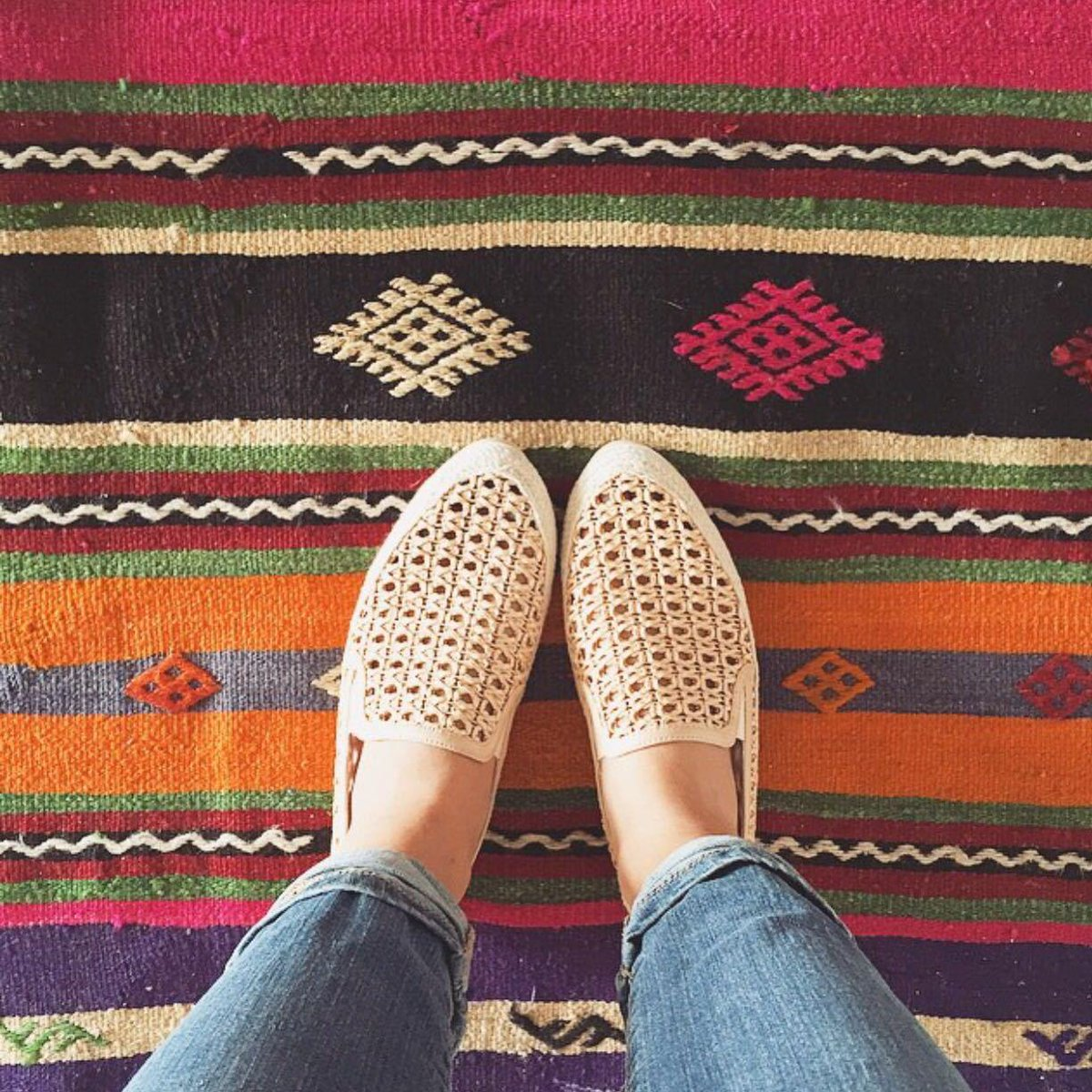 We're celebrating the unofficial start of summer with our favorite slip-ons. Follow us & RT to win a pair! #giveaway http://t.co/gl1pl43PbV