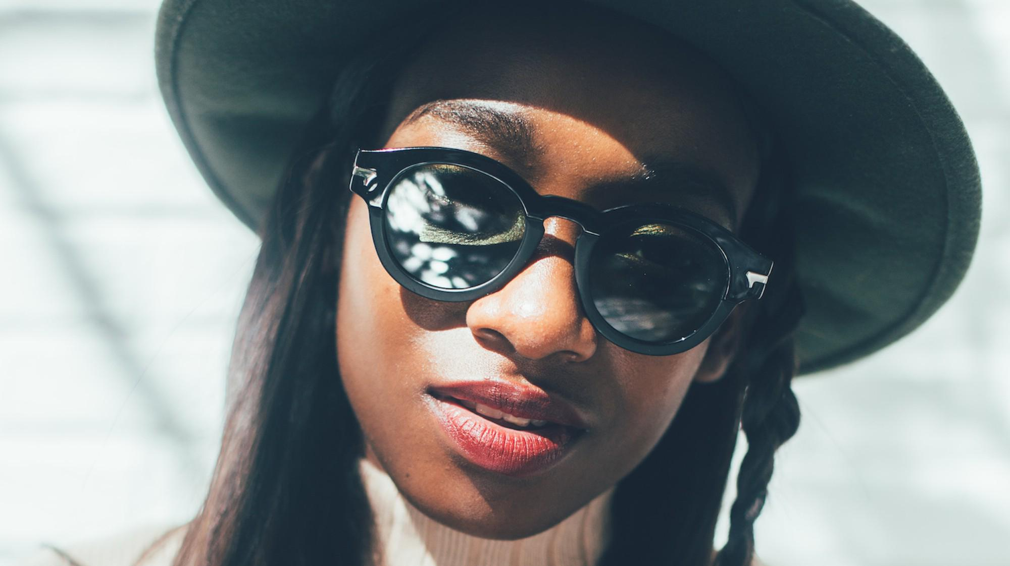 .@littlesimz drops yet another awesome track: http://t.co/FZ1AAdsA3r http://t.co/P6AFijQcLt