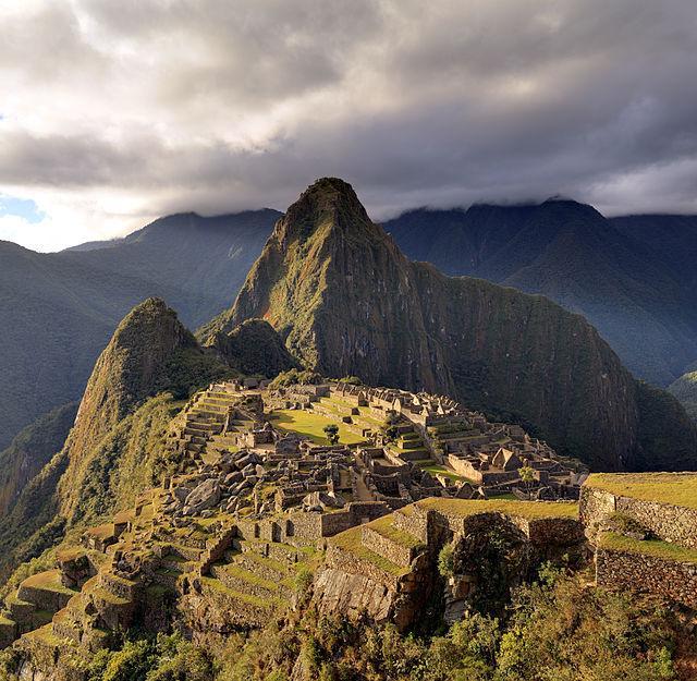 FOTO Machu Picchu - Viaggiare Sicuri in Peru', il Governo locale ha dichiarato lo stato di emergenza dopo i fatti di Arequipa