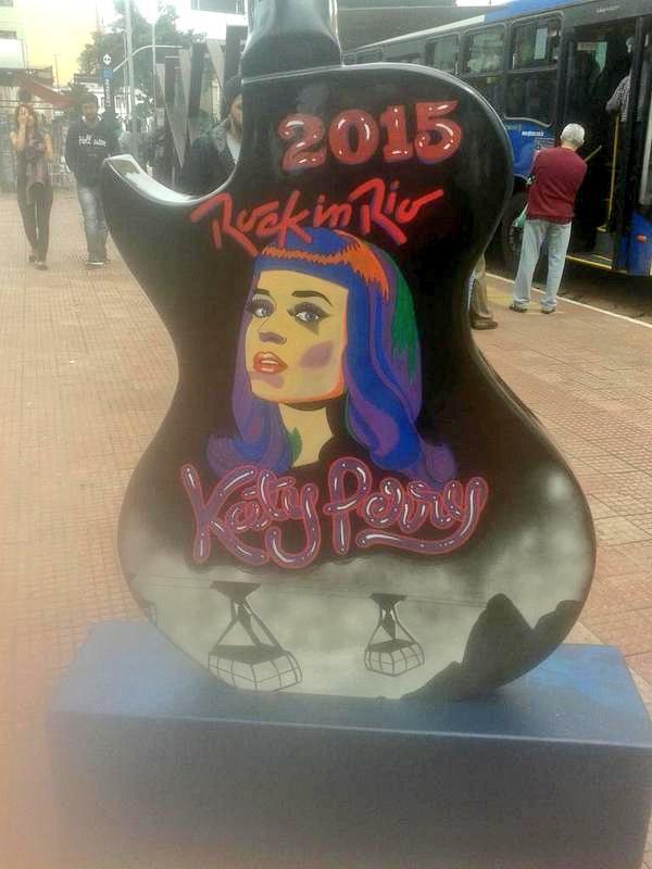 Katy Perry >> The Prismatic World Tour - Página 3 CFA4C-kXIAEhBFV