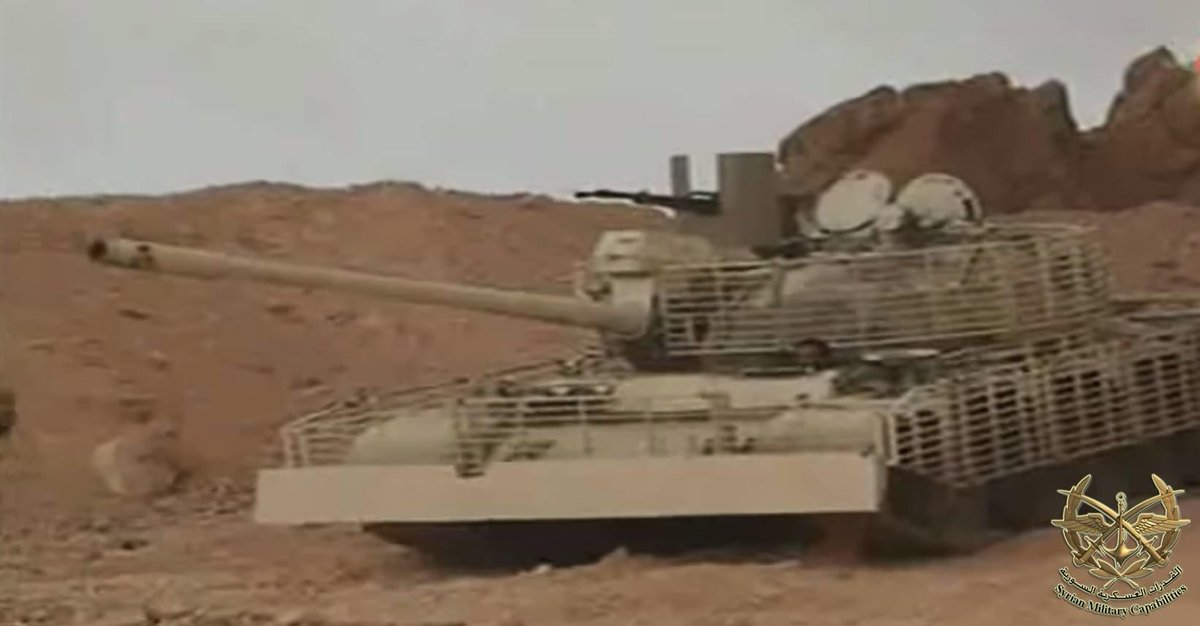 الدبابه T-55 السوريه ودورها في الحرب القائمه هناك  CFAJCNxUkAAQbJa