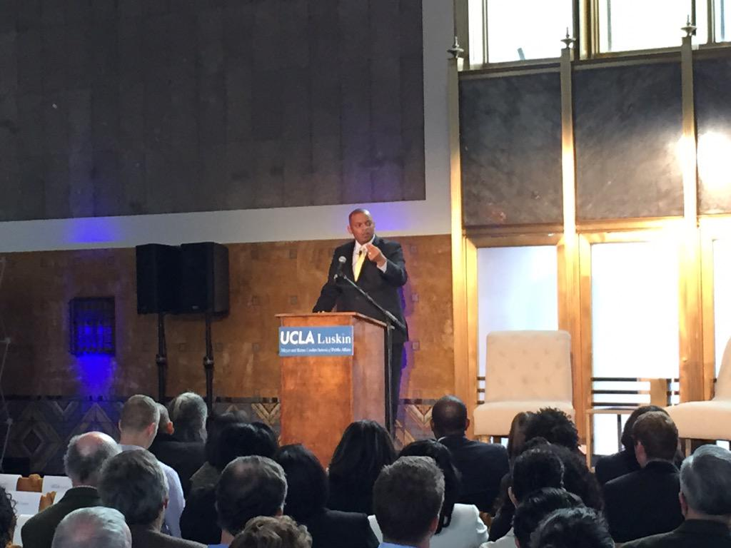"""The design of our transportation system is a reflection of who we are and what we value."" @SecretaryFoxx http://t.co/tCUfb2i7lV"
