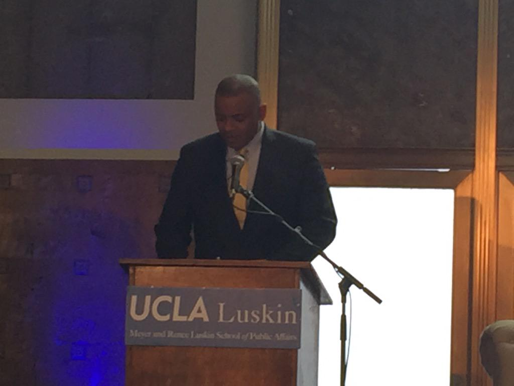 "Trans Sec Anthony Foxx: ""can we use transportation to maximize opportunity?"" @UCLALuskin @CommunityPrtnrs http://t.co/nSYbK9juvO"