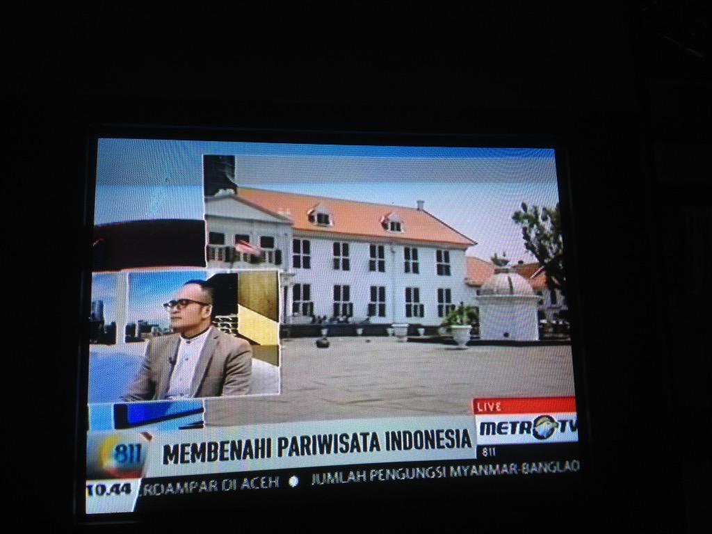 @inalfagundez: ada kang @AsepKambali  di @Metro_TV  cc @IndoHistoria http://t.co/sYsrCZcZj8