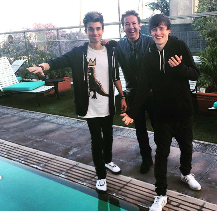 Coming up @ITVLorraine @gmb what happens next with @WeeklyChris @CrawfordCollins Great guys but one goes in the pool! http://t.co/p3fT7cDNOV