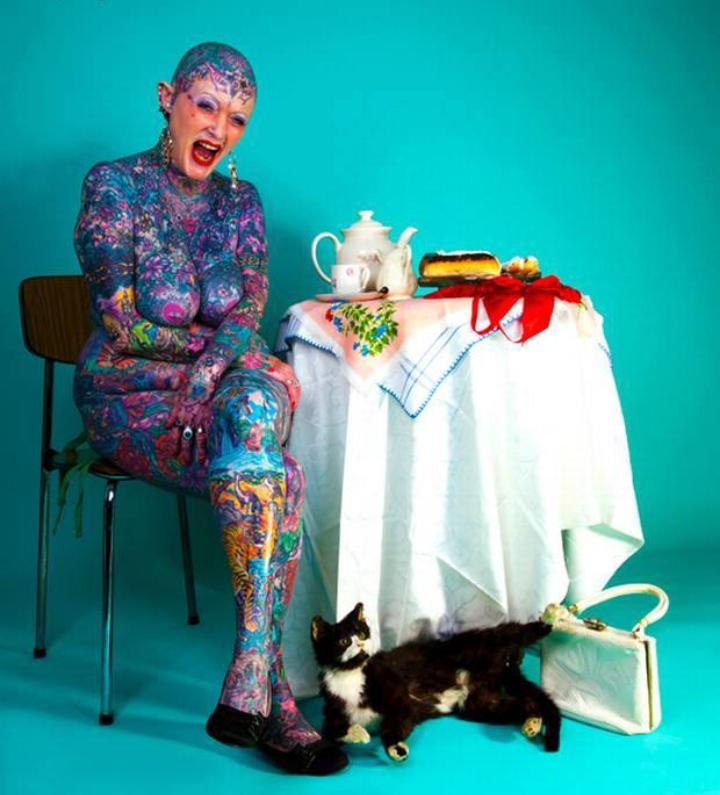 bdc9a43b5 #IsobelVarley the most tattooed woman in the #world  #tattoopic.twitter.com/JP85IJwM9W