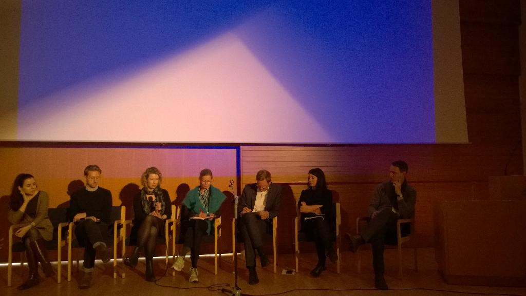 #Nordik2015 Panelists and  #question of what is Digital #art history. Good answers right now.#Iceland http://t.co/1De1J2GqQa