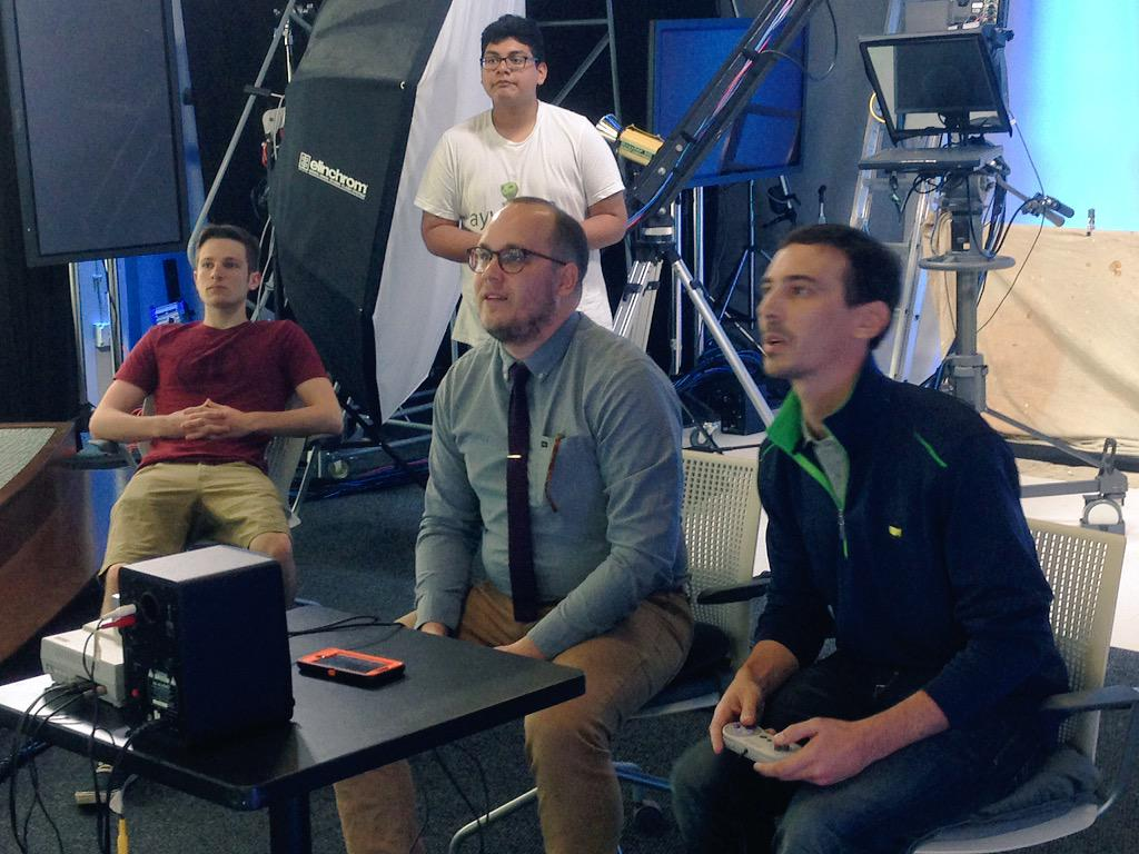 .@NathanPoppe getting his Mario Kart on vs. Sean Alexander http://t.co/GmNX255M8D #BigScreenOK http://t.co/NL3PomhOF0