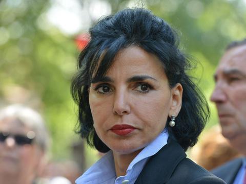 L'affaire des dépenses luxueuses de Rachida Dati en 4 actes http://t.co/iOU9JDevGi http://t.co/RvRzhi1Nb5