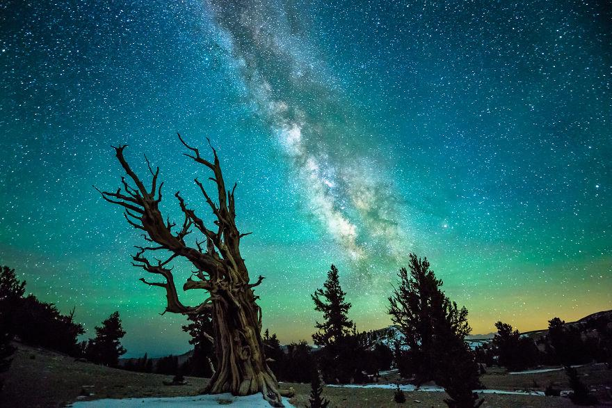 Our Ancient and Beautiful Universe  c EarthPicturz