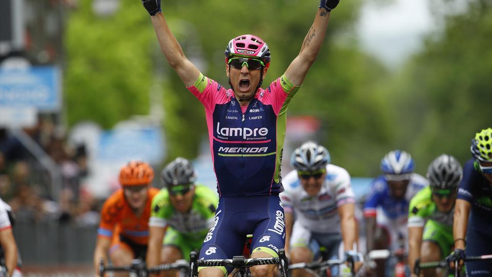 FOTO Diego Ulissi vincitore della 7a tappa del Giro d'Italia 2015