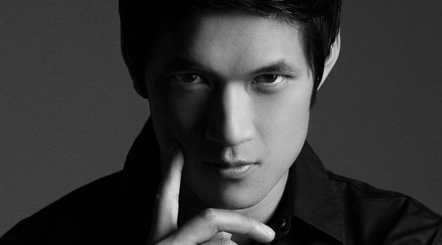 Welcome to the #Shadowhunters family, @HarryShumJr! http://t.co/D3DLk0hrgC #HarryIsMagnus http://t.co/4xadTmGkB0