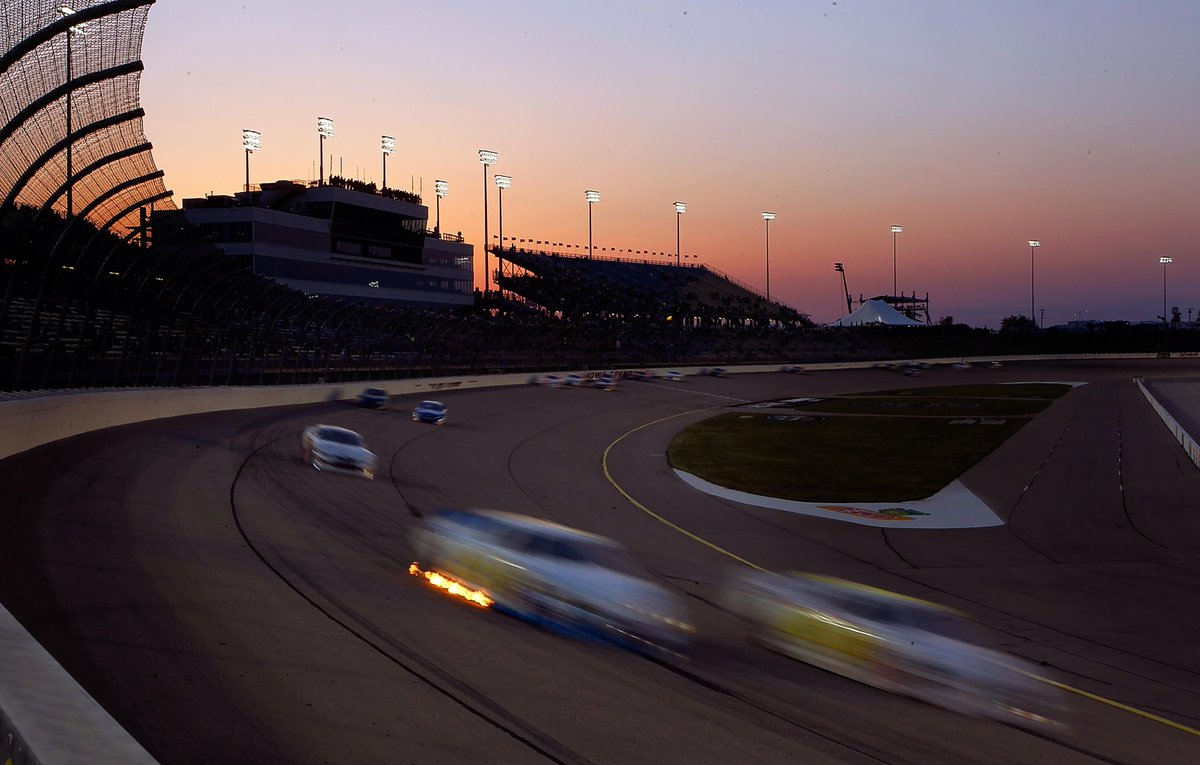 Retweet if you're ready to go night racing!   #Caseys150 http://t.co/2exIXiSt8R