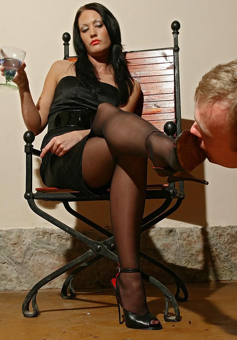 Femdom foot mistress