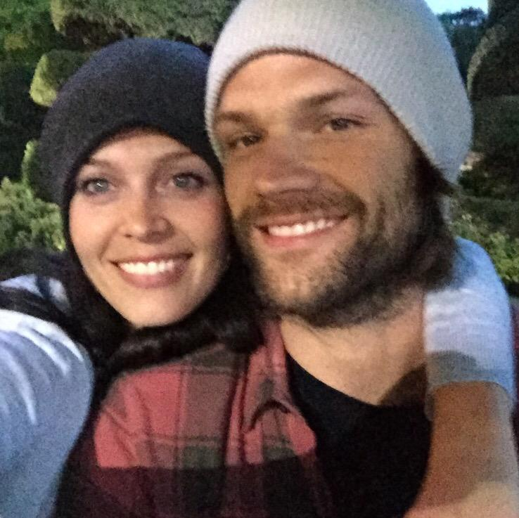 @jarpad posting this pic again cuz we r throwing our arms around u buddy! So much love #SPNfamily #AlwayKeepFighting http://t.co/S1rYKChNb8
