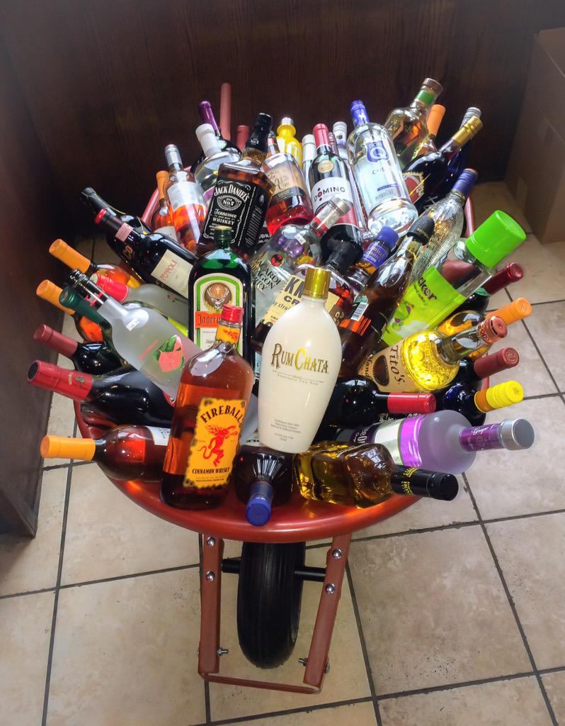 wheelbarrow of alcohol pictures to pin on pinterest free wagon wheel clip art wagon wheel clip art for gypsy