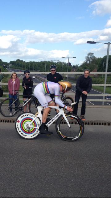 Go #wiggo !! Thanks to @PalmaresCycling for the photo! http://t.co/1mYqavBxLY