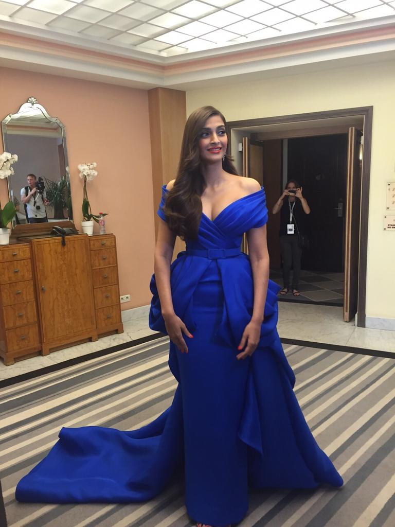It's Raining Photos As Sonam Steals The Show In An Electric Blue Creation