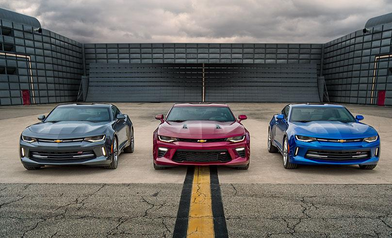 Here it is folks.. the 2016 Chevy #Camaro revealed!! http://t.co/2WQtEcUpoV http://t.co/26Eyma1KCu