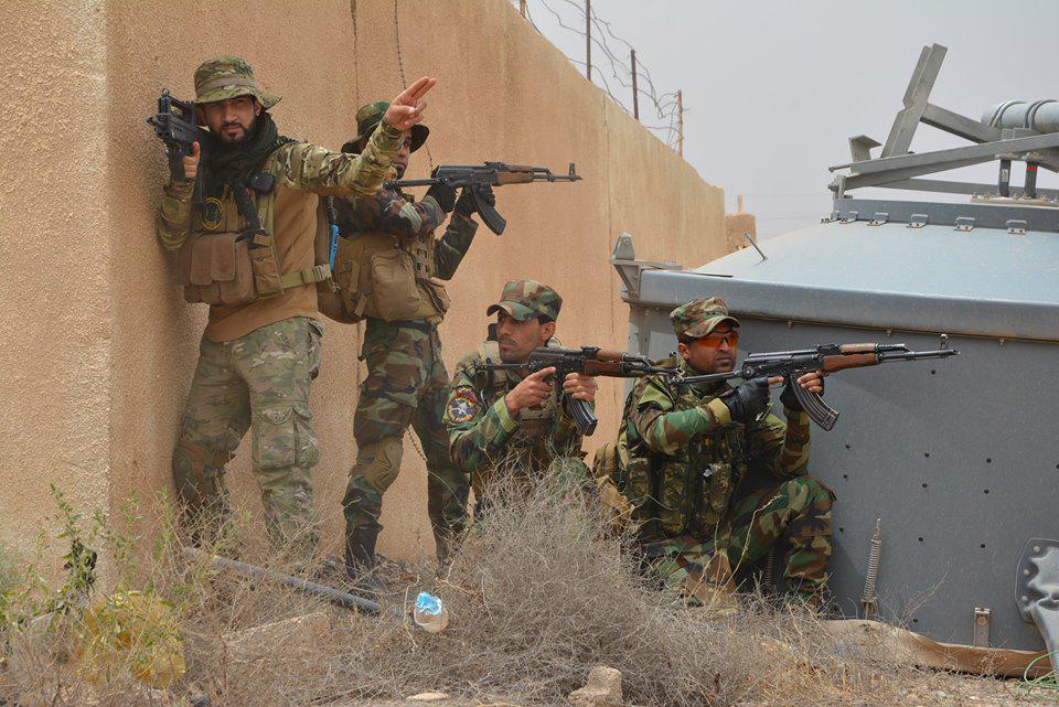 Conflcito interno en Irak - Página 6 CFM6G6IUMAAkF4a