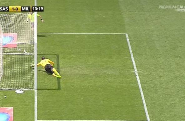 Sassuolo-Milan 3-2 VIDEO: rossoneri in nove e Inzaghi se la prende con l'arbitro
