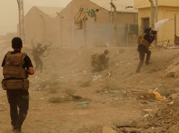 Ramadi Iraq falls to ISIS